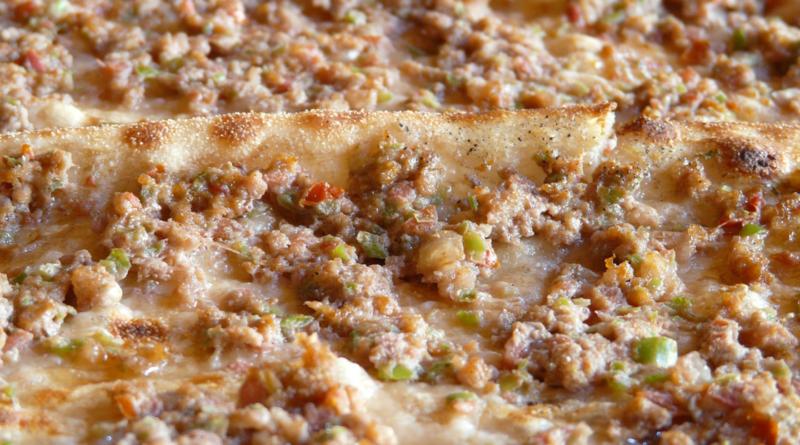 lahmacun alanya, lahmacun tyrkiet, tyrkisk pizza, opskrifter på lahmacun, opskrifter på tyrkisk pizza, opskrifter på tyrkisk mad, opskrifter tyrkisk, tyrkisk mad, tyrkisk mad opskrifter