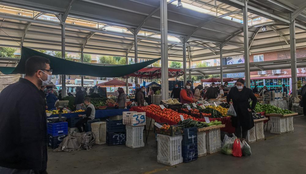 Alanya december bazar, alanya sæson frugter, hvad er på sæson i december, bazar i alanya, frugter fra Alanya, Alanya frugter