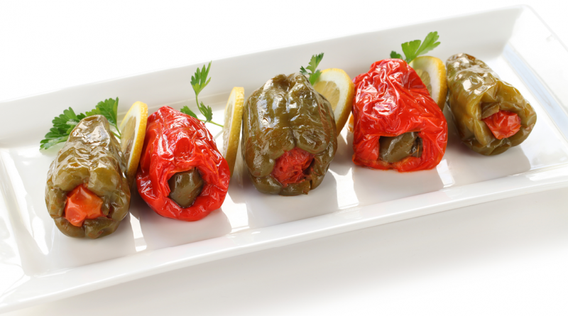 fyldte peberfrugter, fyldte peber, peberfrugter med fyld, tyrkisk mad, opskrifter på tyrkisk pizza, opskrifter på tyrkisk mad, opskrifter tyrkisk, tyrkisk mad, tyrkisk mad opskrifter