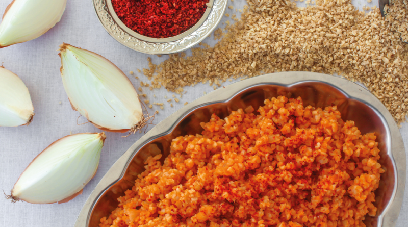 tyrkisk mad opskrifter, opskrifter på tyrkisk mad, tyrkisk bulgur, bulgur fra Tyrkiet, bulgur med tomatpure, røde bulgur, opskrift på god bulgur, mad fra Tyrkiet