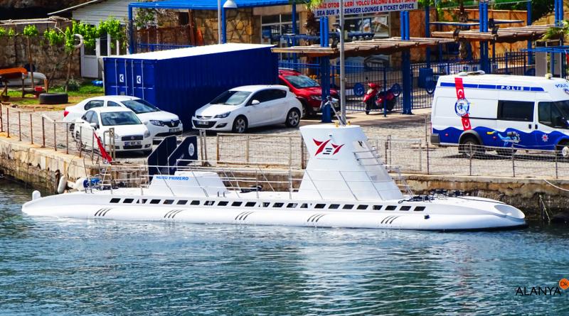 ubåd tyrkiet, tyrkiet ubåd, antalya ubåd, alanya ubåd, turistubåd, sej med ubåd, sådan kommer du med en ubåd, oplevelser i Antalya