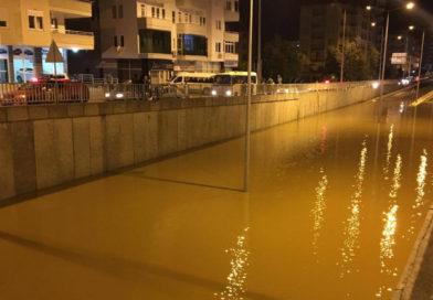 Kraftig regn skabte oversvømmelse i den nye tunnel