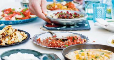 Aubergine med kikærter, tyrkisk opskrifter, opskrifter på tyrkisk mad, tyrkisk mad opskrifter, tyrkiske opskrifter, tyrkiske kogebøger, tyrkisk kogebog