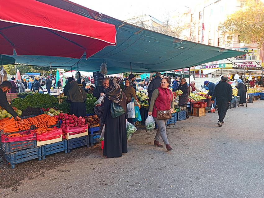 Alanya januar bazar, bazar i januar, markeder i Alanya, Alanya frugt bazar, sæsonen grønt i Tyrkiet, januar i Alanya, vinter i Alanya