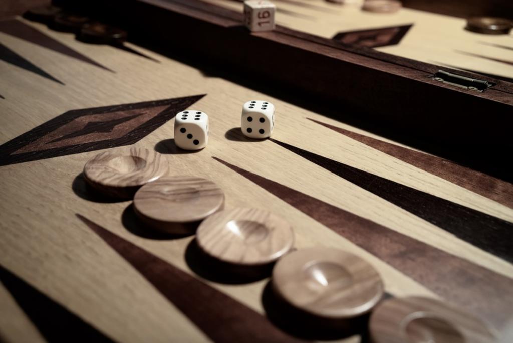 Backgammon, spil i Tyrkiet, Tyrkiske spil, Tavla i Tyrkiet