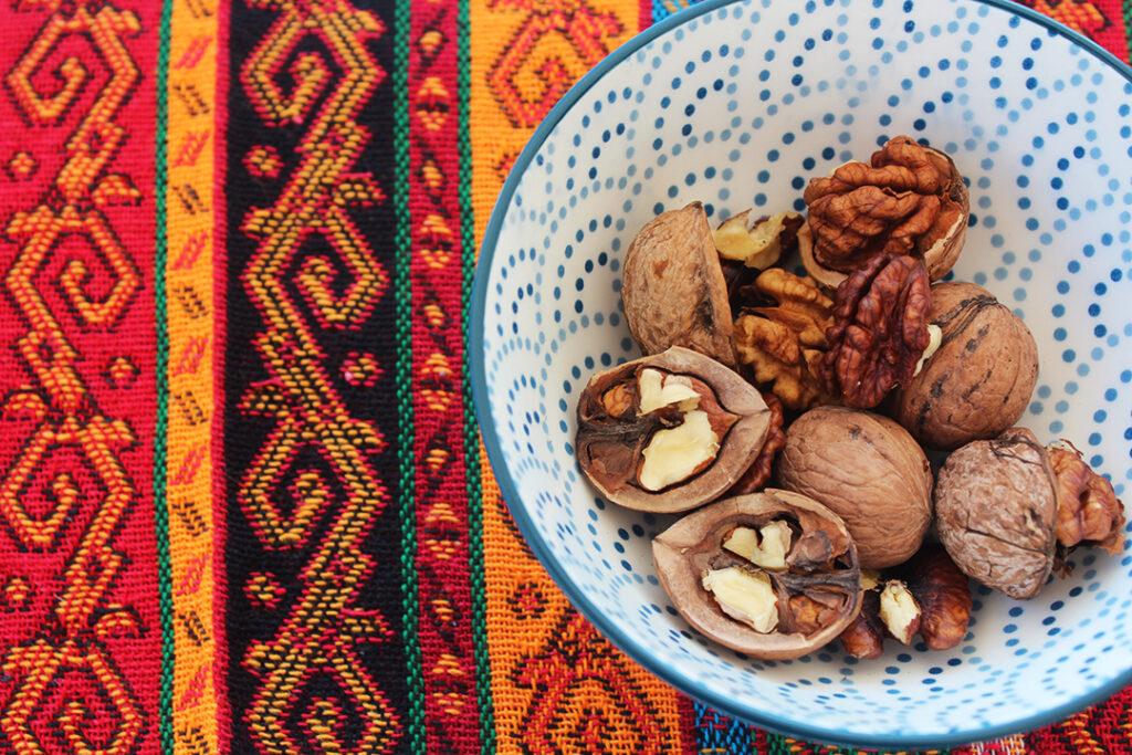opskrifter på ezme, emze opskrifter, tyrkiske opskrifter, opskrifter på tyrkisk dip, tyrkisk tomat dip, valnødder, tyrkiske valnødder, tyrkiske nødder