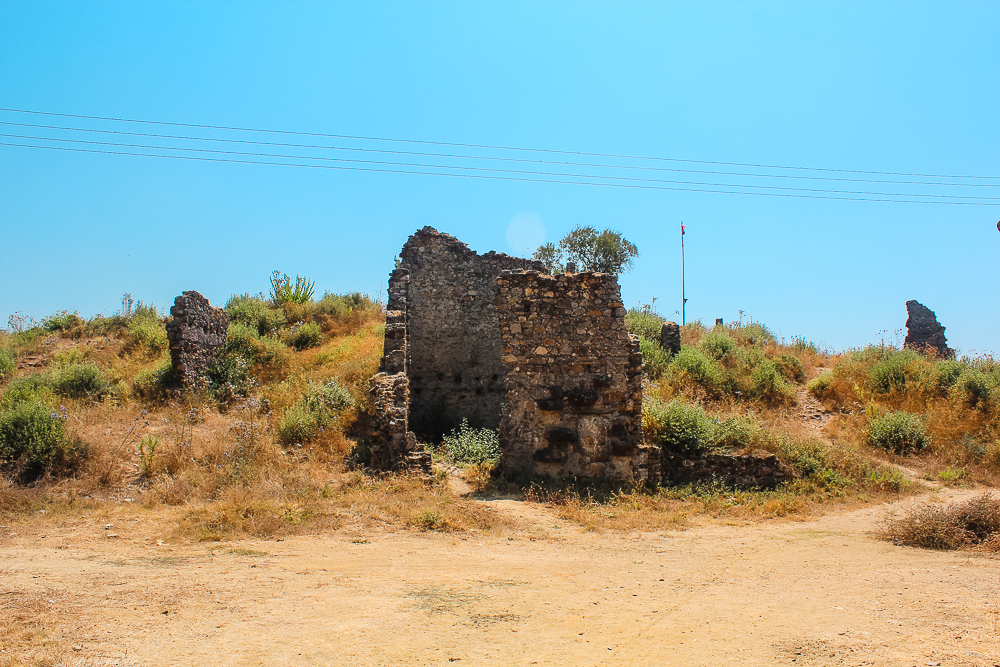 Naula, Mahmutlar ruiner, antikke byer i Alanya, gratis seværdigheder i Alanya, Gratis oplevelser i Alanya, Gratis oplevelser i Mahmutlar, antikke byer i Tyrkiet, Naula ruiner